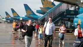 Hành khách sẽ được phục bữa ăn, chỡ nghỉ khi chuyến bay chậm từ 6 giờ trở lên