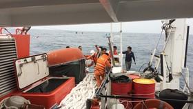 Cứu thuyền viên mất một bàn tay do tai nạn lao động trên biển