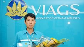 Bộ trưởng gửi thư khen nhân viên sân bay trả lại khách 1,1 tỷ đồng bỏ quên