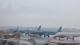 Nhiều chuyến bay bị ảnh hưởng do bão số 4