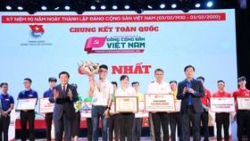 Trao giải thưởng cuộc thi Tìm hiểu lịch sử Đảng CSVN