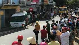 Tai nạn do xe buýt gây ra tại TP Bạc Liêu ngày 5-3