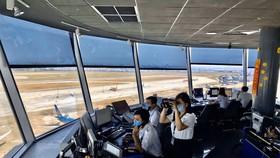 Lực lượng kiểm soát không lưu phải cách ly tại chỗ để đảm bảo sức khoẻ phục vụ các chuyến bay an toàn