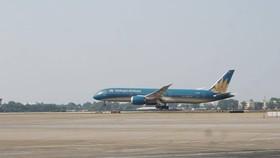 Hoàn thành sửa chữa, nâng cấp đường băng sân bay Tân Sơn Nhất và Nội Bài