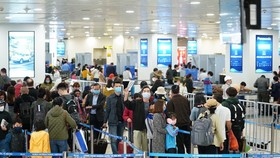 Sân bay Nội Bài có lượng khách tăng mạnh vào dịp đầu năm mới