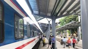 Đường sắt điều chỉnh quy định đổi, trả vé tàu tết