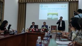 Ban tổ chức giới thiệu Hội sách trực tuyến quốc gia lần thứ 2 tại Thư viện Quốc gia (Hà Nội) ngày 15-4