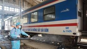 Chạy lại đôi tàu khách Thống nhất SE3/SE4 trên tuyến Hà Nội - TPHCM