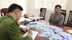Cơ quan công an làm việc với đối tượng làm vé giả trận Việt Nam - Thái Lan