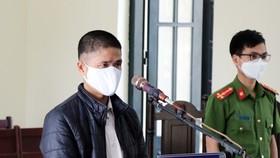 Đối tượng Nguyễn Văn Quýnh tại phiên tòa
