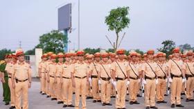 CSGT huy động tối đa lực lượng kiểm tra các phương tiện giao thông cơ giới đường bộ