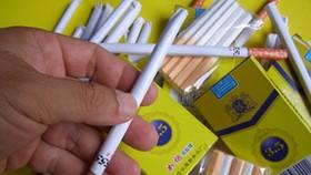 Xuất hiện kẹo thuốc lá xung quanh cổng các trường học