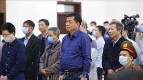 Tuyên phạt ông Đinh La Thăng 11 năm tù, Trịnh Xuân Thanh 18 năm tù trong vụ án Ethanol Phú Thọ