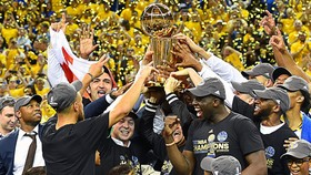 Là nhà ĐKVĐ của NBA, nhưng Warriors vẫn chưa quyết định ghé thăm Nhà trắng