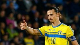 """""""Thánh Ibra"""" trong màu áo tuyển Thụy Điển"""