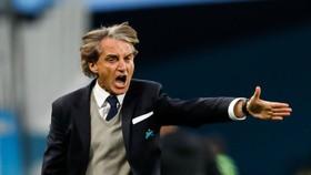 """Lẽ nào Mancini họ """"Đổ"""" tên """"Thừa""""?"""
