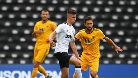Mason Mount tung hoành trong trận đấu với Wolves