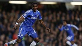 Samuel Eto'o trong màu áo Chelsea
