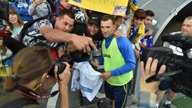 Andrei Shevchenko và người hâm mộ