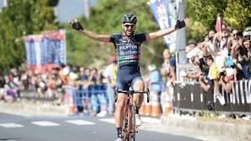Alan Marangoni giành chiến thắng đầu tiên ngay trước khi giải nghệ