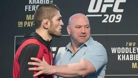 White xác nhận Khabib sẽ tham gia UFC 257, sau đó sẽ ra quyết định...