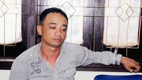 Trần Văn Tuấn tại cơ quan công an