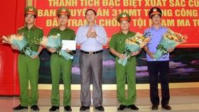Lãnh đạo tỉnh Nghệ An khen thưởng Ban chuyên án 319MT