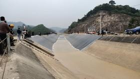 Đoạn kênh chính Bắc sông Chu - Nam sông Mã bị vỡ đã được khắc phục, thông dòng