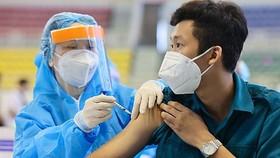 """200.000 liều vaccine Vero Cell """"nằm kho"""" tại Nghệ An đã được triển khai tiêm"""