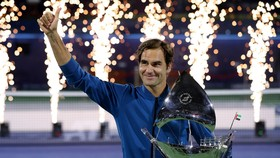 Roger Fedrer giành danh hiệu thứ 100 tại Dubai