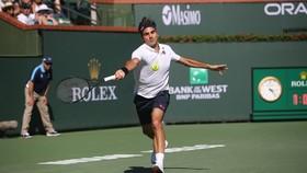 Roger Federer thắng trận thứ 9 liên tiếp, sẽ đối mặt với Rafael Nadal ở bán kết