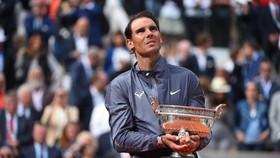 Rafael Nadal đăng quang Roland Garros lần thứ 12