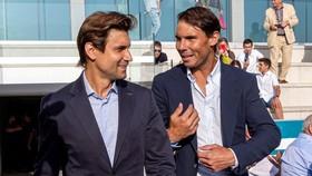 Nadal và Ferrer trong buổi lễ tốt nghiệp của Học viện Nadal