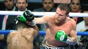 Canelo trở thành nhà vô địch nhượng quyền của WBC
