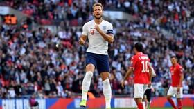 Harry Kane ăn mừng sau khi ghi bàn vào lưới Bulgaria