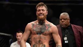 """McGregor muốn đấu với Edgar """"Trả đòn"""" vào tháng 12"""