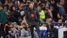 """Lampard tận mắt chứng kiến trận đấu """"khùng điên"""""""