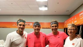 Roger Federer, Rafael Nadal và Bill Gates ở Laver Cup 2019