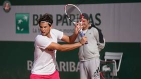 Thiem đang tập luyện ở Roland Garros 2020