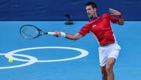 Djokovic khởi đầu thuận lợi