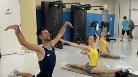 """Djokovic đang là """"Mr Popular"""" ở Olympic"""