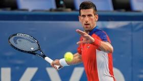 Djokovic lọt vào tứ kết
