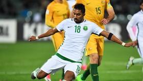 Salem Al-Dawsari trong trận vòng loại World Cup 2018 với Australia. Ảnh: Getty Images.