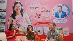 Nhà văn Dương Thụy chia sẻ về tình yêu không biên giới