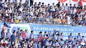 Bóng đá Việt Nam rộn ràng ngày trở lại. Ảnh: Dũng Phương
