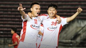 Xuân Nam đang tỏa sáng trong đội hình CLB TPHCM. Ảnh: HCMCFC