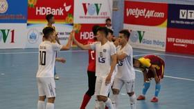 Dù thi đấu với nhiều cầu thủ trẻ nhưng Thái Sơn Nam không khó để thắng đậm Vietfootball. Ảnh: ANH TRẦN.