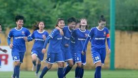 Niềm vui của Thái Nguyên khi bất ngờ giành chiến thắng trước đội TPHCM. Ảnh: Đoàn Nhật