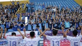 Đại học Bách khoa tri ân khán giả sau trận đấu chiều 28-12