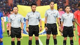 Trọng tài Hiền Triết tại AFF Cup 2018. Ảnh: FBNV